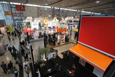 Veletrh R+T 2012 ve Stuttgartu: Stinicí technika a garážová vrata
