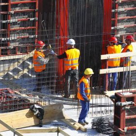 Vývoj stavebnictví a výroby stavebních hmot v ČR v roce 2011