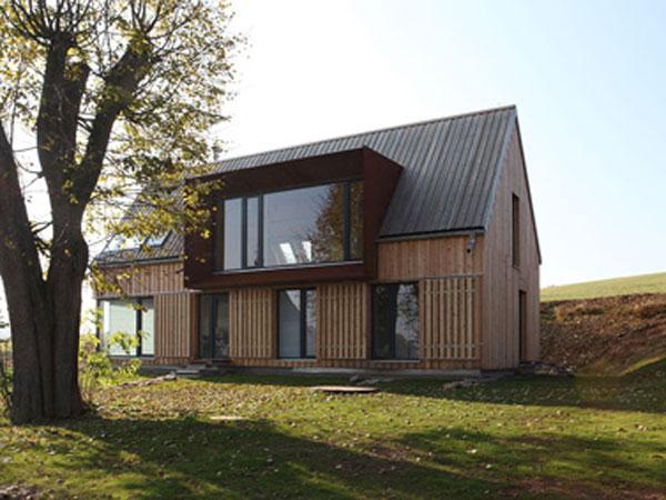 VÝZVA ARCHITEKTŮM: Zúčastněte se Salonu dřevostaveb 2012