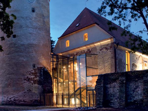 Záchrana gotického hradu – městská knihovna v Soběslavi