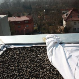 Zelené střechy v Troji