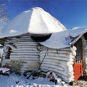 Klukovský sen Jaroslava Duška - hliněný domek