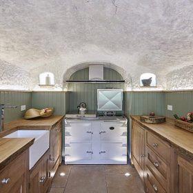 Bydlení v luxusní jeskyni